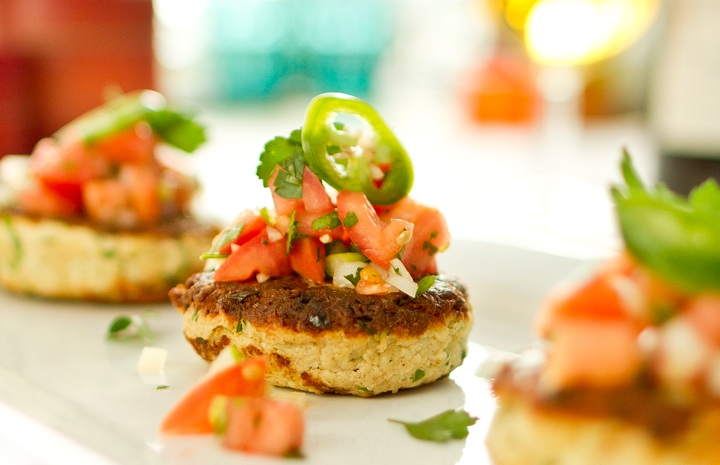Jalapeño Crab Cakes with Fresh Salsa